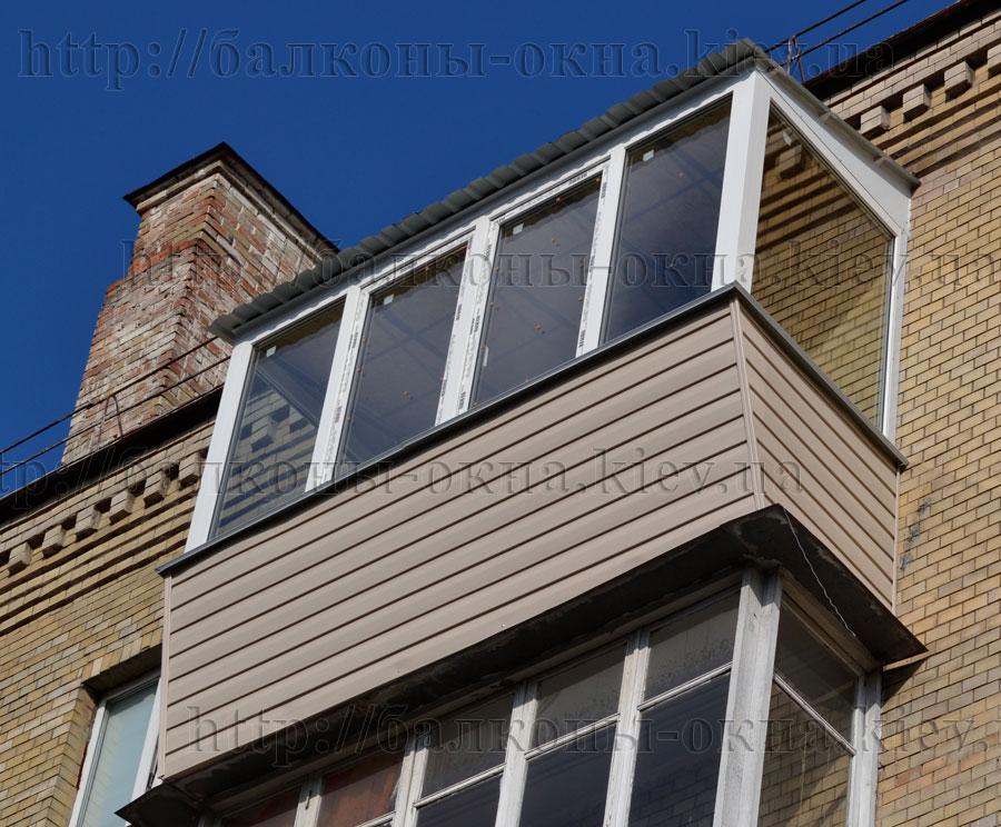 Фотографии выполненных работ по наружной обшивки балконов.
